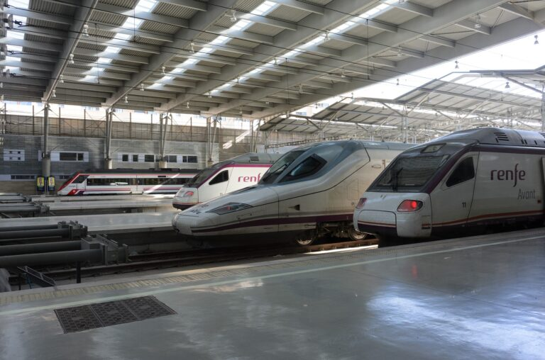 Renfe-incrementa-sus-aves-Madrid–Barcelona