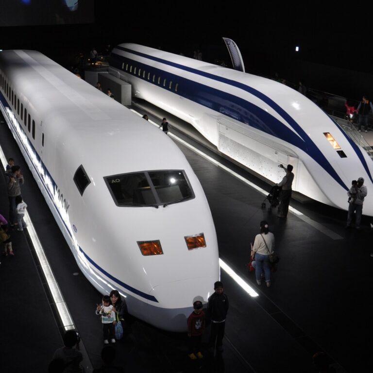 llegara-a-españa-el-tren-flotante-chino